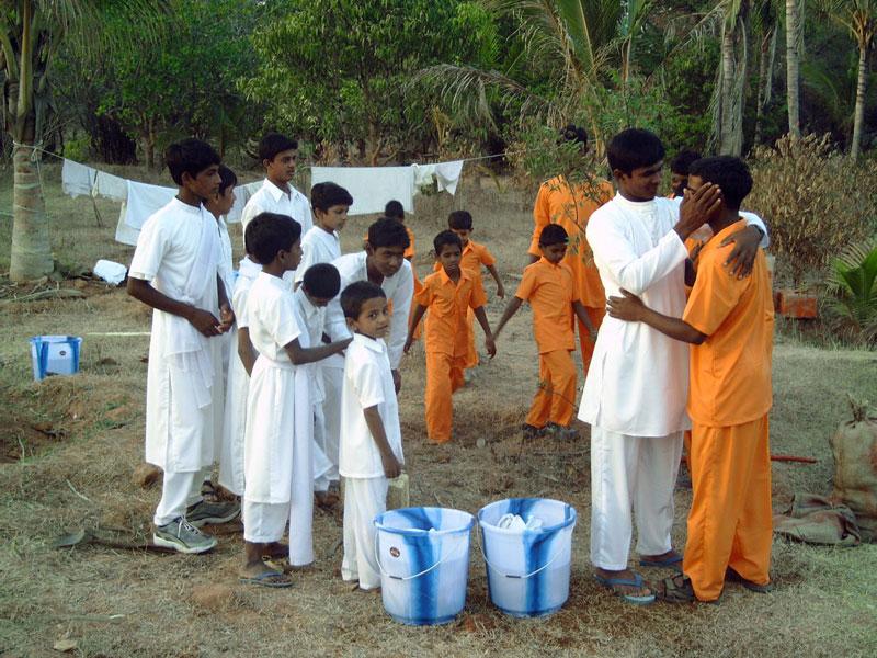 2004 India declaration of Love