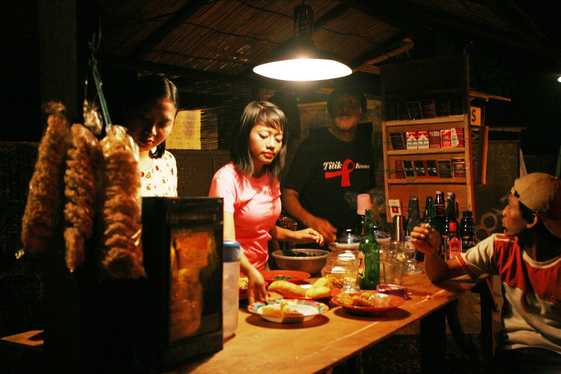 2008_indonesia_titik_koma_03