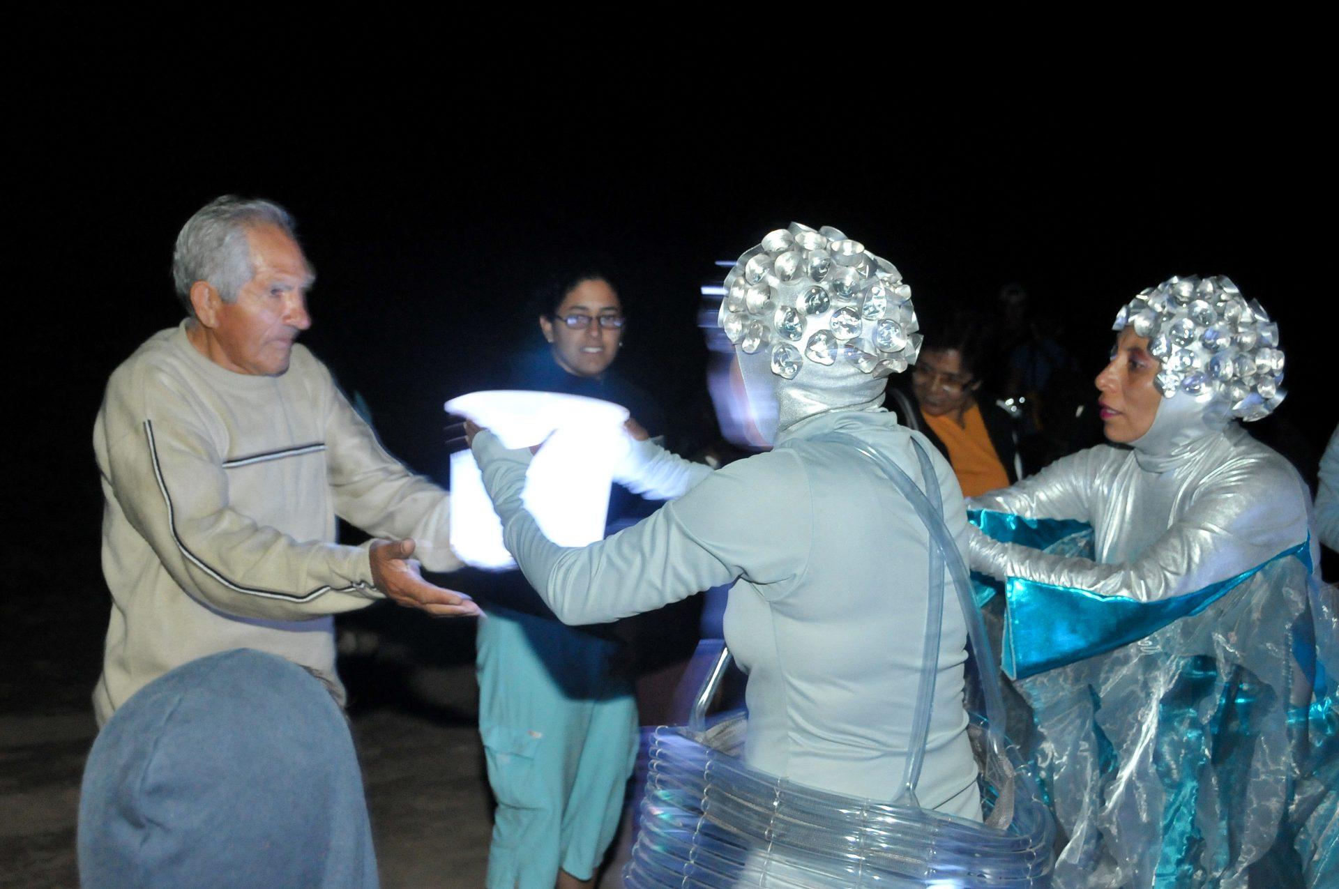 2008_peru_desierto_present3_08_desert_moon
